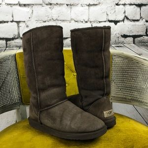 Classic Tall Uggs, chocolate brown